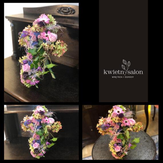 dekoracja_nagrobna_krzyż_w_kwiatach